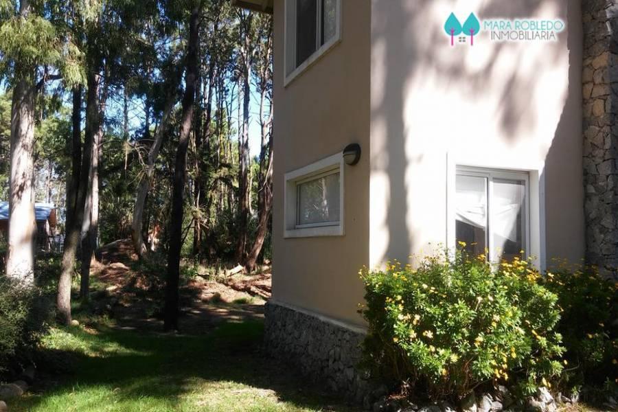 Valeria del Mar,Buenos Aires,Argentina,3 Bedrooms Bedrooms,2 BathroomsBathrooms,Casas,BETHBEDER,4501