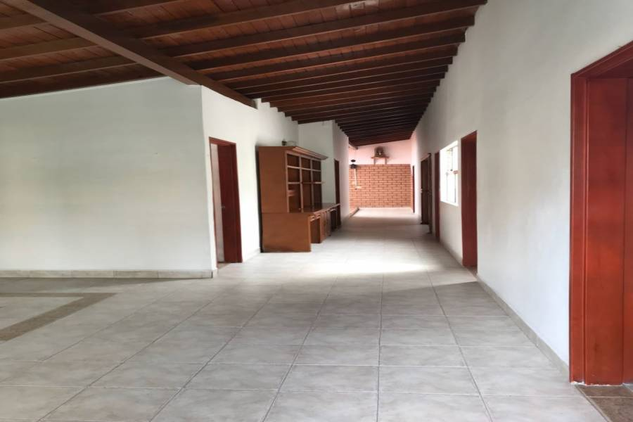 Medellin,Antioquia,Colombia,4 Bedrooms Bedrooms,2 BathroomsBathrooms,Casas,3,40611