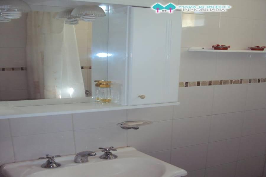 Valeria del Mar,Buenos Aires,Argentina,2 Bedrooms Bedrooms,1 BañoBathrooms,Casas,BELFAST,4504