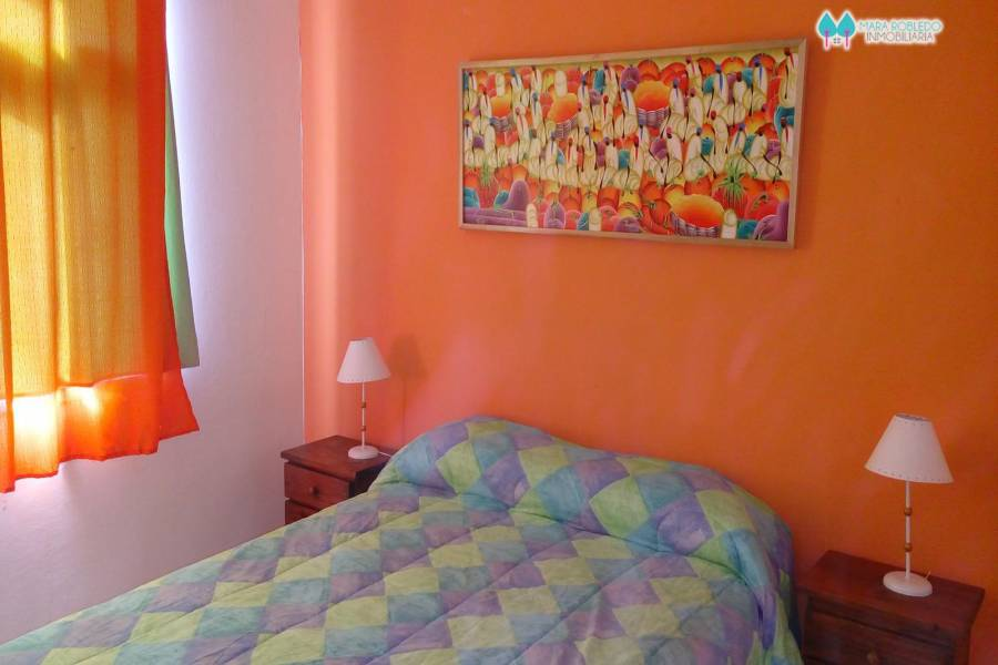 Valeria del Mar,Buenos Aires,Argentina,2 Bedrooms Bedrooms,2 BathroomsBathrooms,Duplex-Triplex,LOS JUNCALES,SEAVER,4511