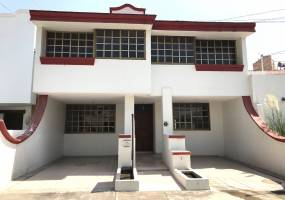 San Pedro Tlaquepaque, Jalisco, Mexico, 4 Bedrooms Bedrooms, ,2 BathroomsBathrooms,Casas,Venta,Camino Real a Colima ,2,40737