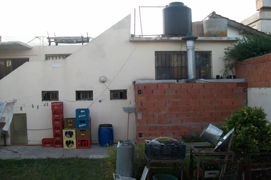Mar del Tuyu, Buenos Aires, Argentina, ,3 BathroomsBathrooms,Locales,Venta,2,40753