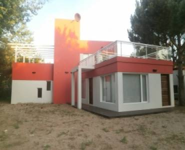 Santa Teresita, Buenos Aires, Argentina, 2 Bedrooms Bedrooms, ,2 BathroomsBathrooms,Casas,Temporario,LOS SAUCES,40939