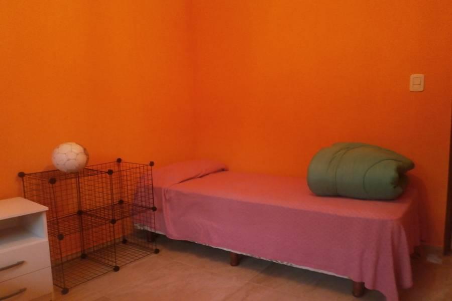 Santa Teresita, Buenos Aires, Argentina, 2 Bedrooms Bedrooms, ,2 BathroomsBathrooms,Casas,Temporario,LOS SAUCES,40939