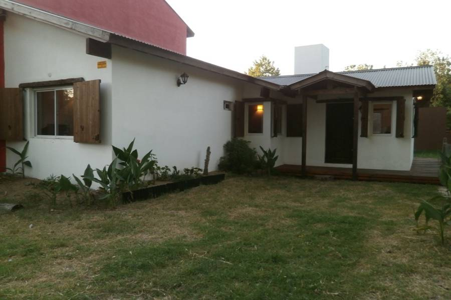 Santa Teresita, Buenos Aires, Argentina, 2 Bedrooms Bedrooms, ,1 BañoBathrooms,Casas,Temporario,126,40942