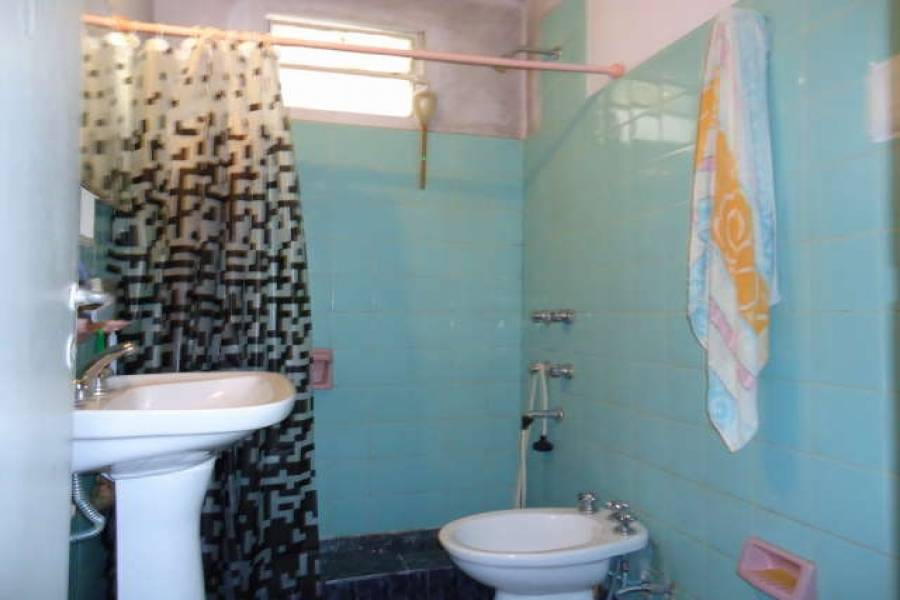 Santa Teresita, Buenos Aires, Argentina, 2 Bedrooms Bedrooms, ,1 BañoBathrooms,Casas,Temporario,3,40947