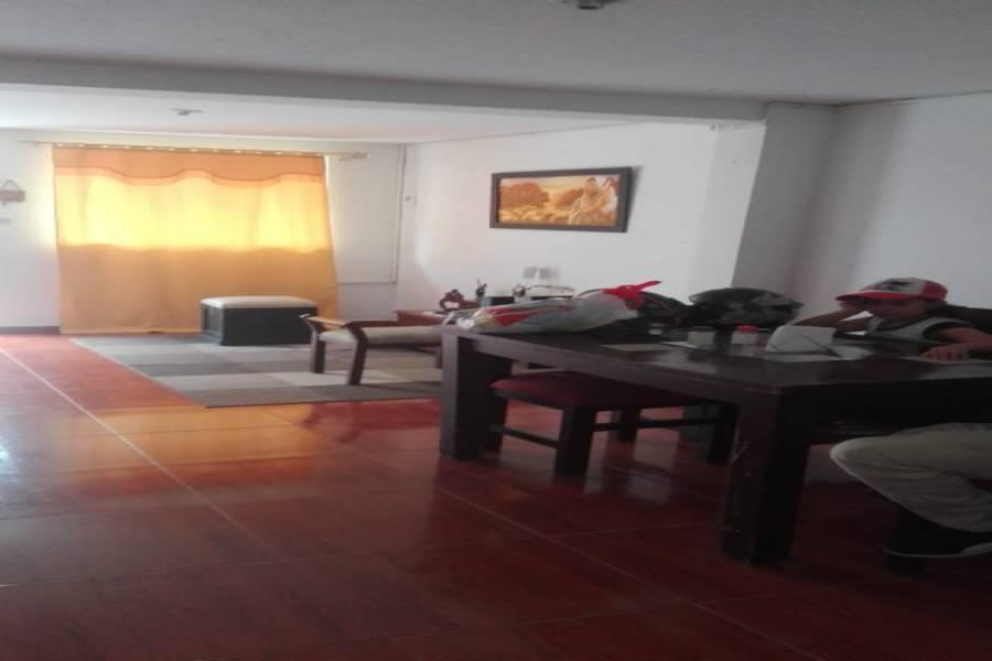 Medellin, Antioquia, Colombia, 3 Bedrooms Bedrooms, ,1 BañoBathrooms,Casas,Venta,1,40960