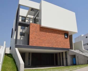 Zapopan, Jalisco, Mexico, 3 Bedrooms Bedrooms, ,4 BathroomsBathrooms,Casas,Venta, Juan Palomar y Arias,4,40964