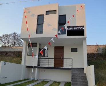 Zapopan, Jalisco, Mexico, 3 Bedrooms Bedrooms, ,3 BathroomsBathrooms,Casas,Venta,Avenida Río Blanco ,40975