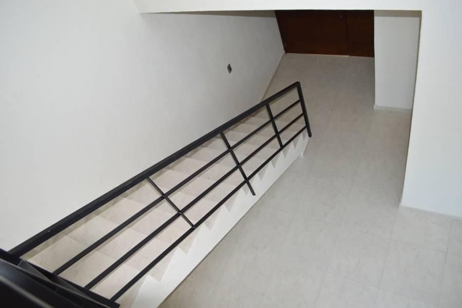 Zapopan, Jalisco, Mexico, 3 Bedrooms Bedrooms, ,2 BathroomsBathrooms,Casas,Venta,Av. Rio Blanco ,40976