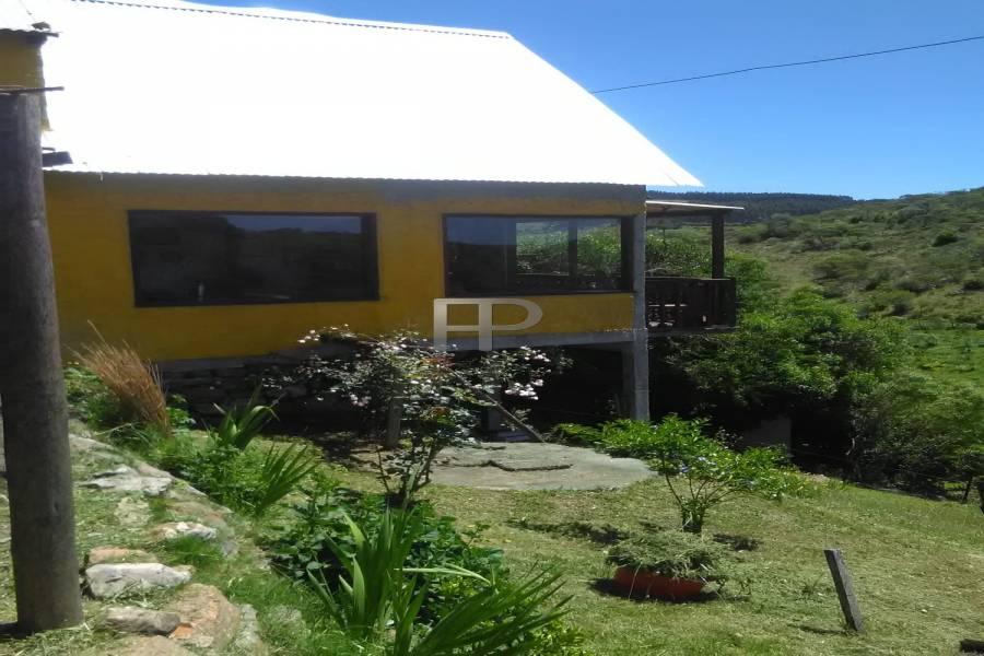 Villa Serrana, Lavalleja, Uruguay, 4 Bedrooms Bedrooms, ,4 BathroomsBathrooms,Chacras-Quintas,Venta,40983