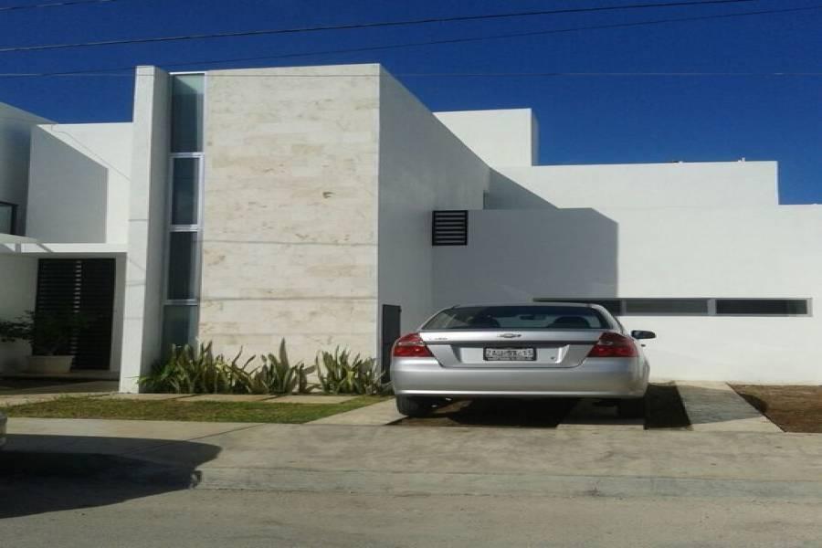 Mérida,Yucatán,Mexico,3 Bedrooms Bedrooms,Casas,4542