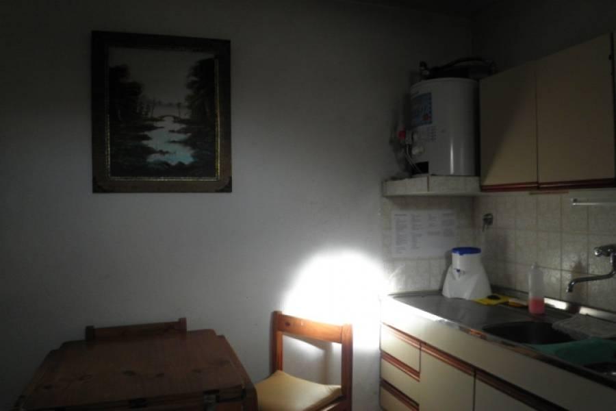 Santa Teresita, Buenos Aires, Argentina, 2 Bedrooms Bedrooms, ,1 BañoBathrooms,Apartamentos,Temporario, 1,1,40993