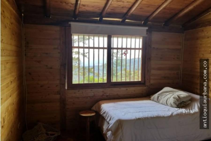 IMPERDIBLE! VER INFO..., 3 Bedrooms Bedrooms, ,1 BañoBathrooms,Casas,Venta,41021