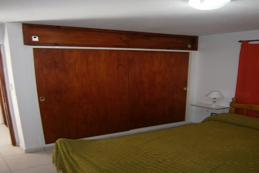 Santa Teresita, Buenos Aires, Argentina, 1 Dormitorio Bedrooms, ,1 BañoBathrooms,Apartamentos,Temporario,48,41075