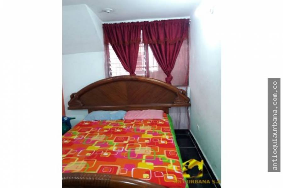 Medellin, Antioquia, Colombia, 6 Bedrooms Bedrooms, ,1 BañoBathrooms,Apartamentos,Venta,CL 72A,41227