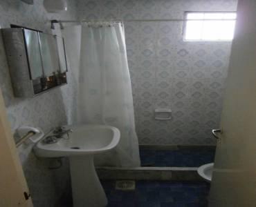 Santa Teresita, Buenos Aires, Argentina, 2 Bedrooms Bedrooms, ,1 BañoBathrooms,PH Tipo Casa,Temporario,49,41242