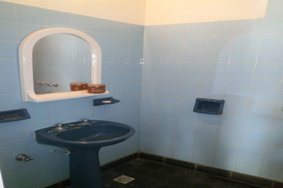 Santa Teresita, Buenos Aires, Argentina, 2 Bedrooms Bedrooms, ,1 BañoBathrooms,PH Tipo Casa,Temporario,30,41243