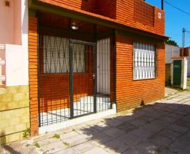 Santa Teresita, Buenos Aires, Argentina, 2 Bedrooms Bedrooms, ,1 BañoBathrooms,PH Tipo Casa,Temporario,4,41268