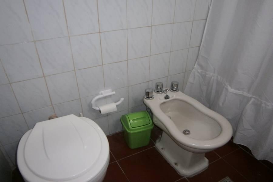 Mar del Tuyu, Buenos Aires, Argentina, 2 Bedrooms Bedrooms, ,1 BañoBathrooms,Duplex-Triplex,Temporario,60 ,41275
