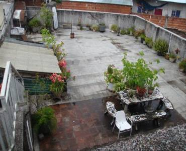 Flores, Buenos Aires, Argentina, ,Galpones-Tinglados-Naves,Venta,derqui,41318