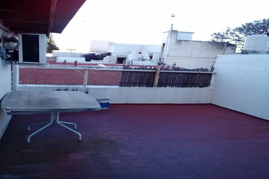Villa Luro, Buenos Aires, Argentina, 3 Bedrooms Bedrooms, ,1 BañoBathrooms,Apartamentos,Venta,GUARDIA NACIONAL,41323