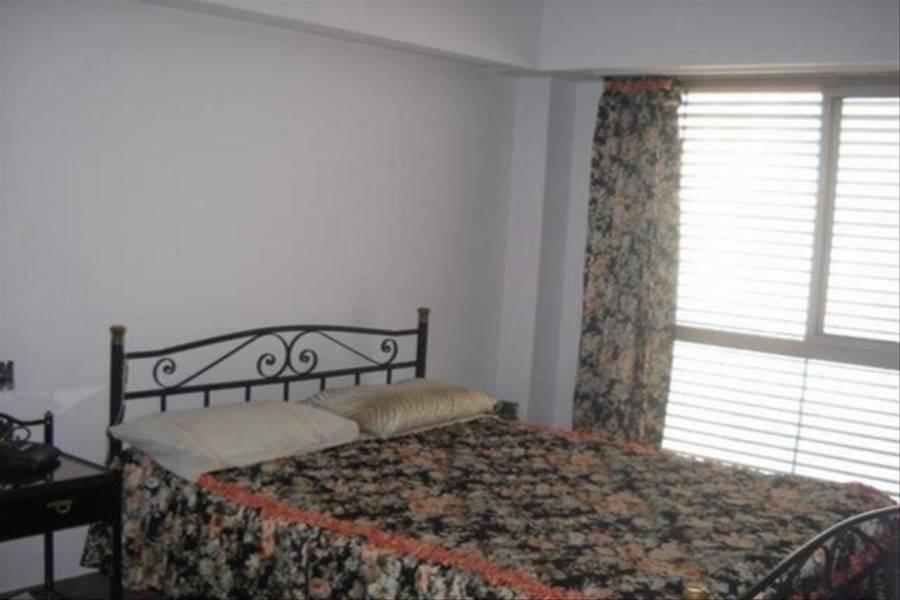 Mataderos, Buenos Aires, Argentina, 3 Bedrooms Bedrooms, ,2 BathroomsBathrooms,Casas,Venta,GORDILLO ,41324