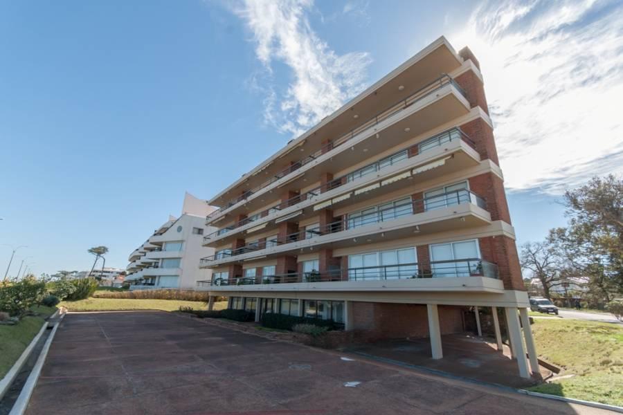 Punta del Este, Maldonado, Uruguay, 3 Bedrooms Bedrooms, ,2 BathroomsBathrooms,Apartamentos,Venta,41389