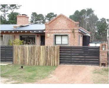 Punta del Este, Maldonado, Uruguay, 3 Bedrooms Bedrooms, ,2 BathroomsBathrooms,Casas,Venta,41391