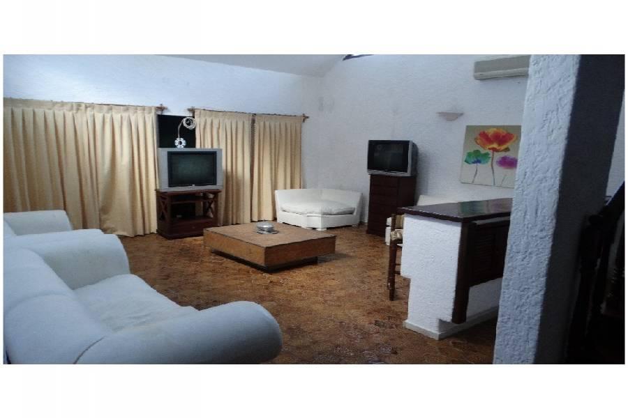 Maldonado, Uruguay, 4 Bedrooms Bedrooms, ,3 BathroomsBathrooms,Casas,Venta,41396