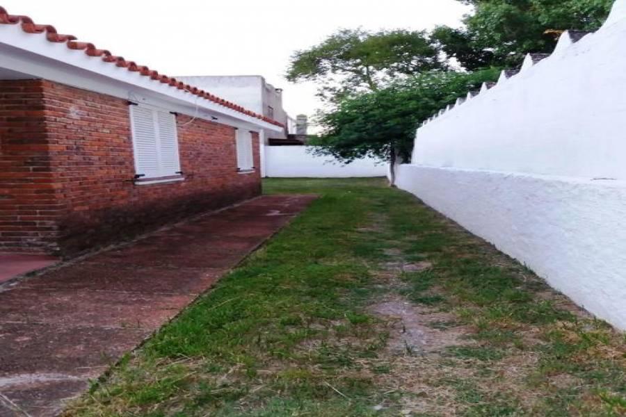 Punta del Este, Maldonado, Uruguay, 4 Bedrooms Bedrooms, ,2 BathroomsBathrooms,Casas,Venta,41402