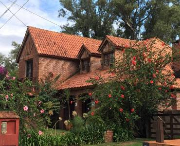 Maldonado, Uruguay, 5 Bedrooms Bedrooms, ,3 BathroomsBathrooms,Casas,Venta,41410