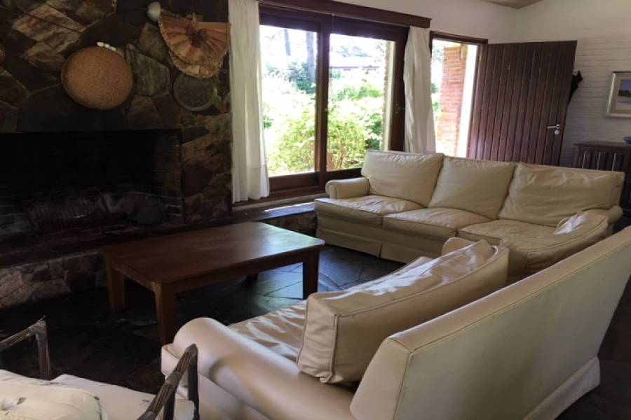 Punta del Este, Maldonado, Uruguay, 3 Bedrooms Bedrooms, ,3 BathroomsBathrooms,Casas,Temporario,41428