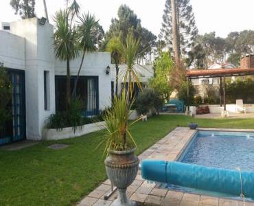 Punta del Este, Maldonado, Uruguay, 4 Bedrooms Bedrooms, ,3 BathroomsBathrooms,Casas,Temporario,41439