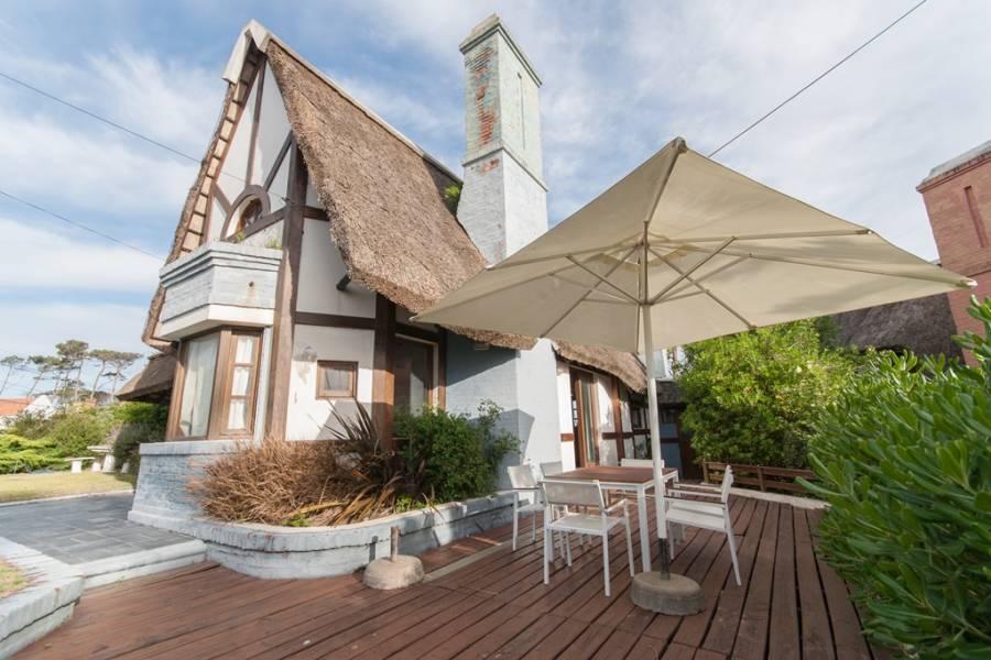 Punta del Este, Maldonado, Uruguay, 3 Bedrooms Bedrooms, ,2 BathroomsBathrooms,Casas,Temporario,41452