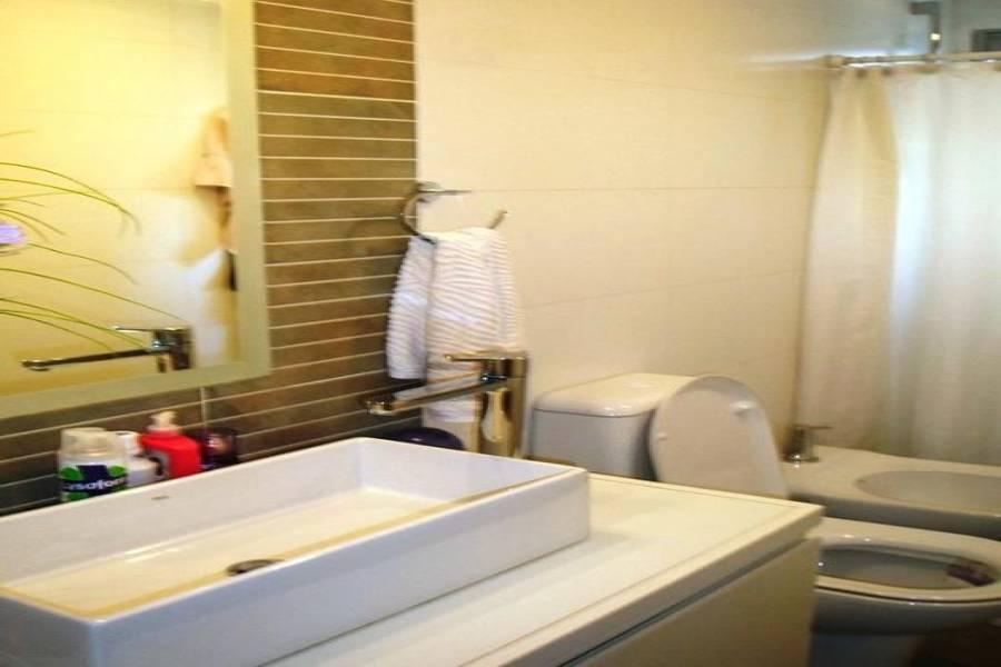 Punta del Este, Maldonado, Uruguay, 2 Bedrooms Bedrooms, ,2 BathroomsBathrooms,Apartamentos,Venta,41459