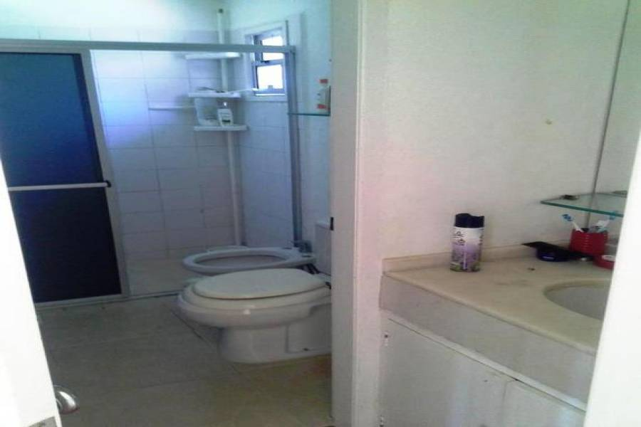 Punta del Este, Maldonado, Uruguay, 4 Bedrooms Bedrooms, ,2 BathroomsBathrooms,Casas,Temporario,41467