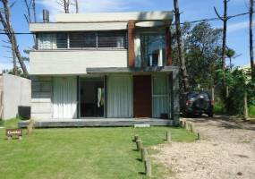 Punta del Este, Maldonado, Uruguay, 3 Bedrooms Bedrooms, ,2 BathroomsBathrooms,Casas,Temporario,41470