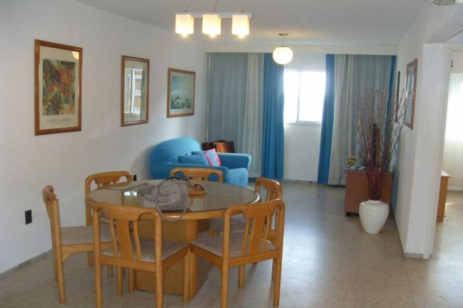 Punta del Este, Maldonado, Uruguay, 2 Bedrooms Bedrooms, ,2 BathroomsBathrooms,Apartamentos,Venta,41479