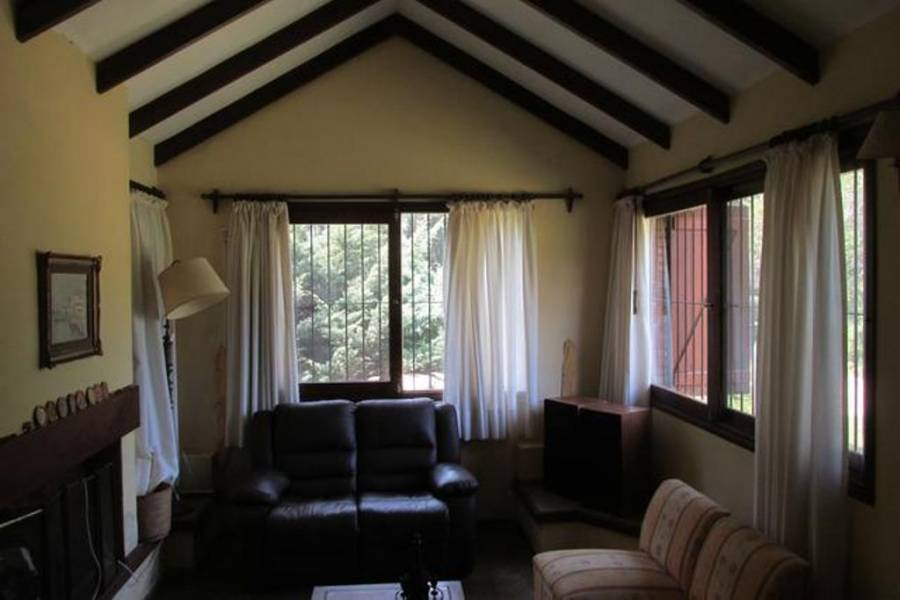 Punta del este, Maldonado, Uruguay, 3 Bedrooms Bedrooms, ,3 BathroomsBathrooms,Casas,Temporario,41488