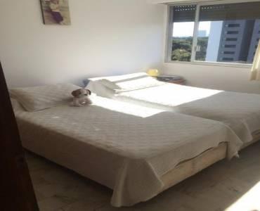 Punta del Este, Maldonado, Uruguay, 3 Bedrooms Bedrooms, ,2 BathroomsBathrooms,Apartamentos,Venta,41495