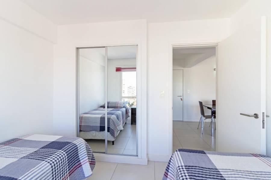 Punta del Este, Maldonado, Uruguay, 2 Bedrooms Bedrooms, ,2 BathroomsBathrooms,Apartamentos,Venta,41530