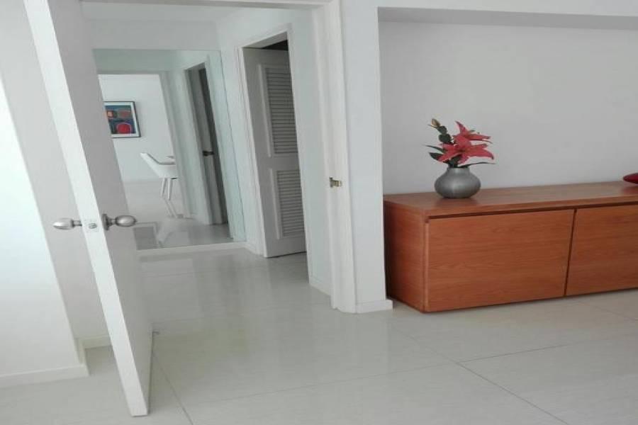 Punta del Este, Maldonado, Uruguay, 2 Bedrooms Bedrooms, ,1 BañoBathrooms,Apartamentos,Venta,41577
