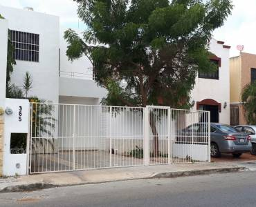 Mérida,Yucatán,Mexico,3 Bedrooms Bedrooms,2 BathroomsBathrooms,Casas,4604