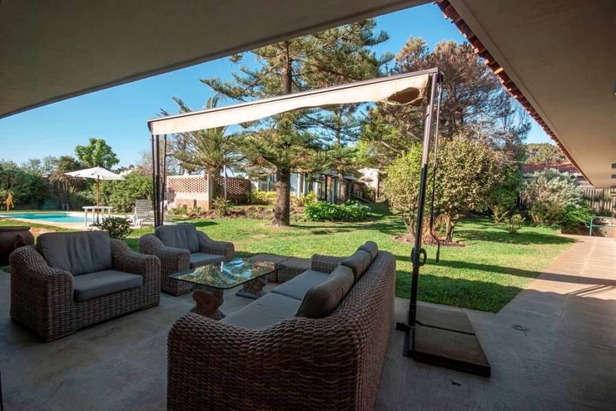 Punta del Este, Maldonado, Uruguay, 4 Bedrooms Bedrooms, ,4 BathroomsBathrooms,Casas,Temporario,41580