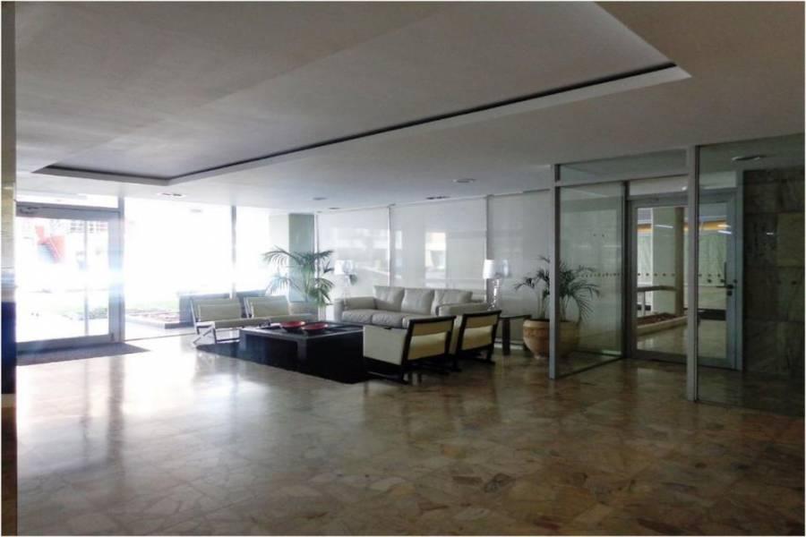 Punta del Este, Maldonado, Uruguay, 3 Bedrooms Bedrooms, ,2 BathroomsBathrooms,Apartamentos,Venta,41582