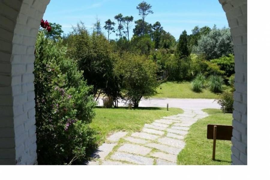 Punta del Este, Maldonado, Uruguay, 5 Bedrooms Bedrooms, ,3 BathroomsBathrooms,Casas,Temporario,41583