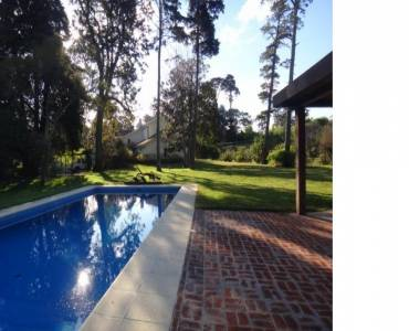 Punta del Este, Maldonado, Uruguay, 5 Bedrooms Bedrooms, ,3 BathroomsBathrooms,Casas,Temporario,41583