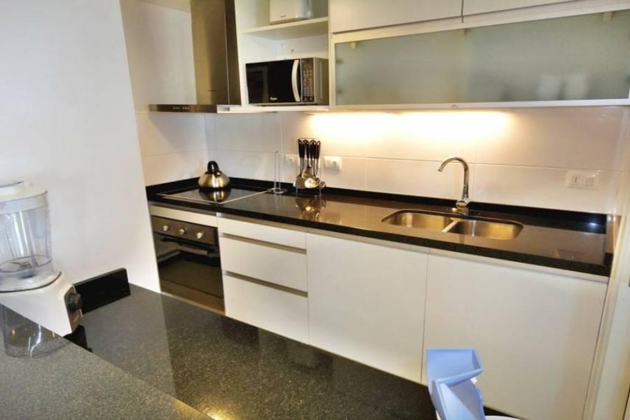 Punta del Este, Maldonado, Uruguay, 2 Bedrooms Bedrooms, ,2 BathroomsBathrooms,Apartamentos,Venta,41598