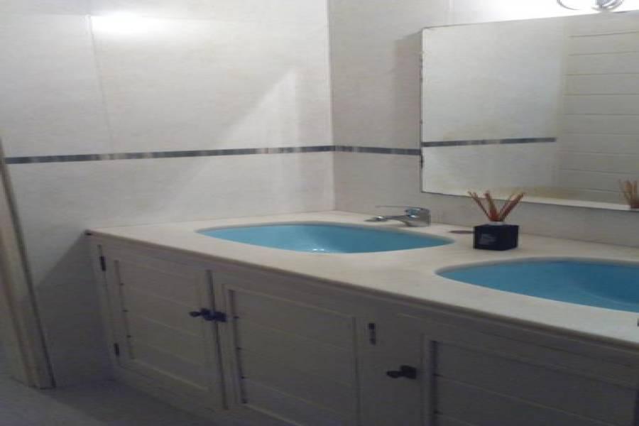 Punta del Este, Maldonado, Uruguay, 4 Bedrooms Bedrooms, ,4 BathroomsBathrooms,Casas,Venta,41604